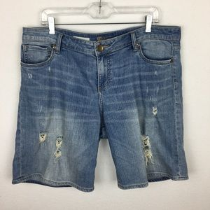 Kut from the Kloth Catherine Denim Shorts 14